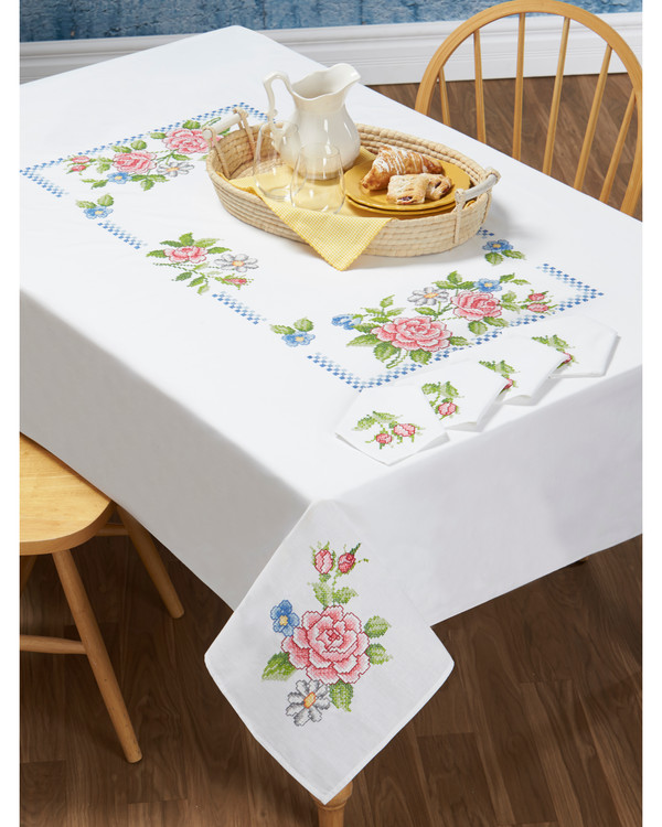 Middagsduk Rosa roser med eller uten garn