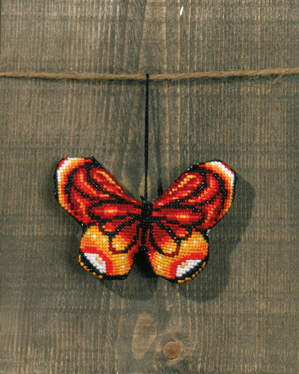 Broderipakke Dekorasjon Rød sommerfugl