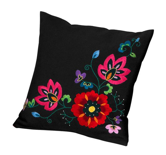 Kissen Blumen auf schwarz  mit oder ohne Garn