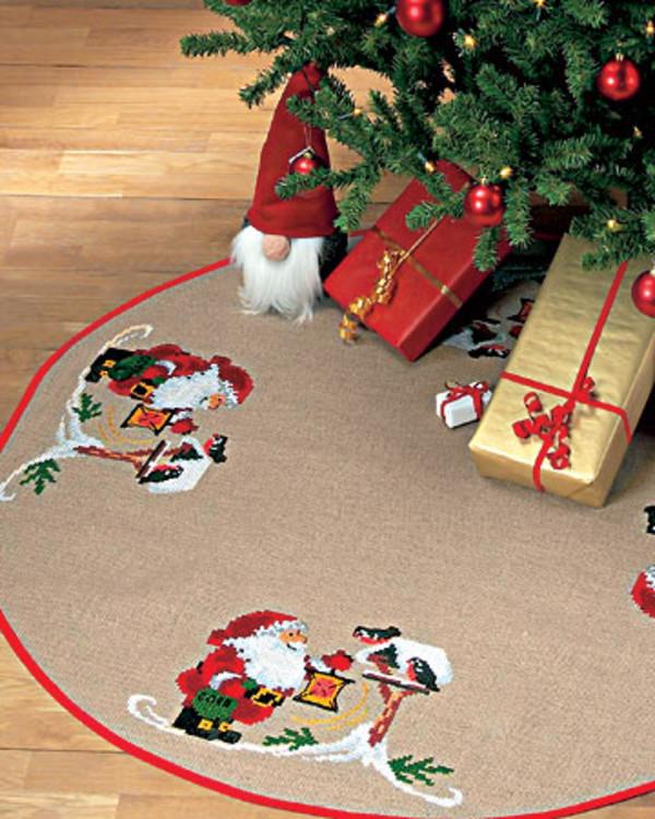 Broderiakke Juletrematte Fuglevenn