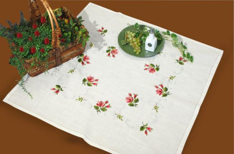 Duk Roser og ornament